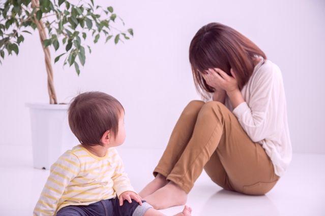「子育て 辛い」の画像検索結果