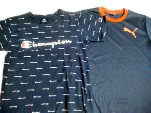 スポーツメーカーのTシャツ
