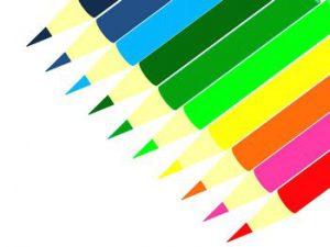 色鉛筆とクーピー