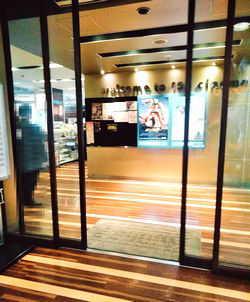映画館の入口