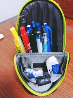中学生男子に人気のスタンディング型筆箱